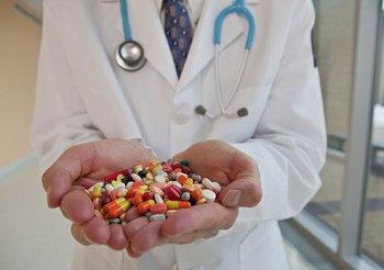 過剰な投薬.jpg